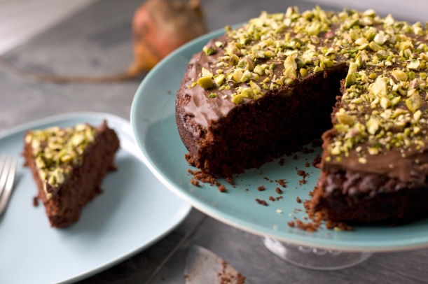 Vegan-chocolate-and-beetroot-cake
