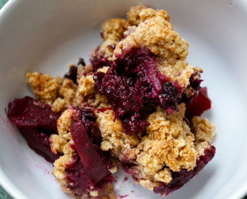 vegan apple and blackberry cobbler